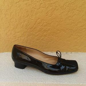 SALVATORE FERRAGAMO Black Pumps Heels Shoe…